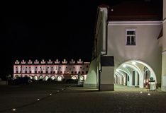 Historisk fyrkant i Nove Mesto nad Metuji Royaltyfri Fotografi
