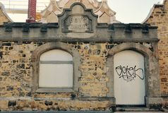 Historisk gammal kalkstenpojkeskola, Fremantle, västra Australien Royaltyfri Fotografi