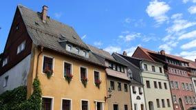 Historisk gammal stad av Freiberg och lokal byggnadsstil Arkivfoton