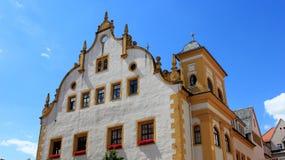 Historisk gammal stadlokal och barock stil i Freiberg Arkivbild