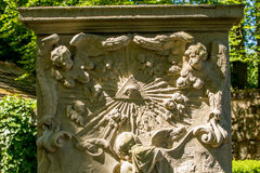Historisk gravsten Royaltyfri Fotografi