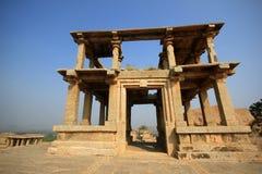 Historisk Hampi Vittala tempel i Indien Royaltyfria Bilder
