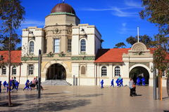 Historisk huvudbyggnadTaronga zoo, Sydney Arkivfoto