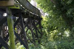 Historisk järnvägbro Marietta Ohio royaltyfri fotografi