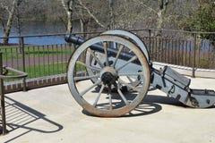 Historisk kanon på delstatspark för Washington ` s korsningen arkivbilder