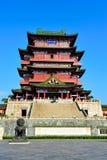Historisk kinesisk byggnad - Tengwang paviljong Arkivbild