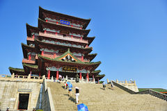 Historisk kinesisk byggnad - Tengwang paviljong Royaltyfri Foto