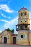 Historisk koloniinvånarekyrka arkivbild