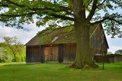 Historisk lantlig byggnad Royaltyfria Bilder