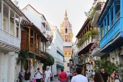 Historisk mitt av Cartagena, en sikt av domkyrkan och den koloniala arkitekturen i det karibiskt Arkivbilder