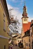 Historisk mitt under jultid Stad av Moedling, l?gre ?sterrike royaltyfria foton