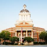 Historisk Morgan ståndsmässig domstolsbyggnad i Madison, GA Arkivbilder