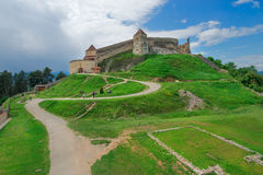 Historisk och medeltida fästning av Rasnov Fotografering för Bildbyråer