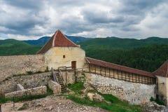 Historisk och medeltida fästning av Rasnov Royaltyfri Fotografi