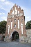 Historisk port på stadsväggen i Neubrandenburg i Tyskland Arkivbilder