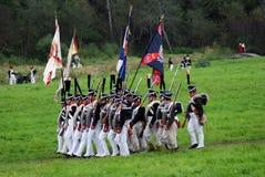 Historisk reenactment för Borodino strid i Ryssland Marschera soldater Arkivbilder