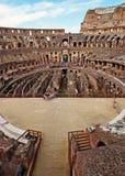Historisk sikt - Roman Colosseum, Italien royaltyfri fotografi