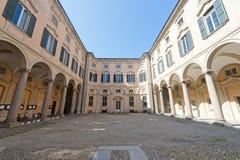 historisk slott pavia Arkivbild