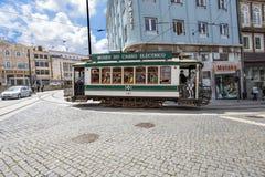 Historisk spårvagn i Porto, Portugal royaltyfri fotografi