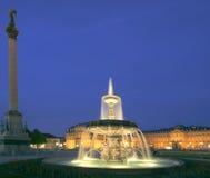 historisk springbrunn Arkivbilder