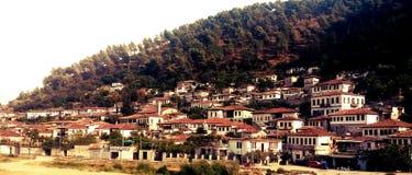 Historisk stad av Berat i Albanien royaltyfria bilder