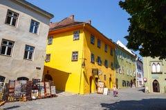 Historisk stad Sighisoara på Juli 08, 2015 Stad som var i födda Vlad Tepes, Dracula Fotografering för Bildbyråer