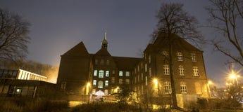 historisk townhall wanne-eickel i aftonen Royaltyfria Foton