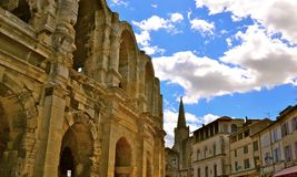 Historiska Arles Royaltyfria Foton