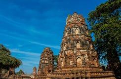 Historiska Autthaya parkerar wat för den forntida templet i Thailand Arkivbild