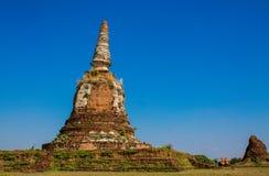 Historiska Autthaya parkerar wat för den forntida templet i Thailand Royaltyfri Bild