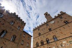 Historiska byggnader av Volterra, Tuscany Royaltyfri Foto