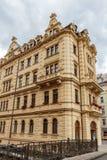 Historiska byggnader i Karlovy varierar, Carlsbad Royaltyfria Foton