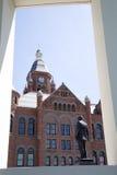 Historiska byggnader i staden Dallas Arkivfoto