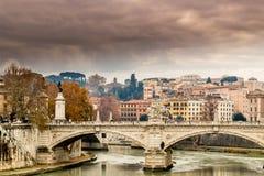 Historiska byggnader och arkitekturdetaljer i Rome, Italien Royaltyfri Foto
