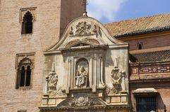 Historiska byggnader och monument av Seville, Spanien Spanska arkitektoniska stilar av gotiskt catalina santa Arkivfoton