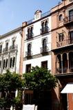 Historiska byggnader och monument av Seville, Spanien Spanska arkitektoniska stilar av gotiskt och Mudejar, barock Royaltyfria Bilder