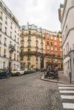 Historiska byggnader på Montmartre Arkivbilder