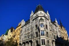Historiska byggnader Paris streat, Prague, Tjeckien Arkivbilder