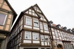 Historiska fasader i stadsmitten av staden av Detmold Arkivfoto