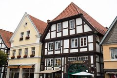 Historiska fasader i stadsmitten av staden av Detmold Royaltyfria Bilder