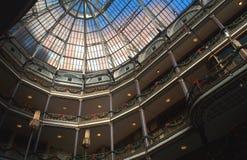 Historiska gamla Arcade Glass Skylight, Cleveland, OH royaltyfri bild