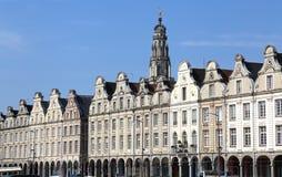 Historiska gavlar på Grand Place i arrasen, Frankrike arkivbild