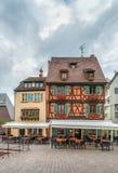 Historiska hus, Colmar, Alsace, Frankrike Arkivfoton