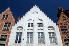 Historiska hus i mitten av Bruges Royaltyfria Bilder