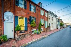 Historiska hus och en gata i Annapolis, Maryland Royaltyfri Bild
