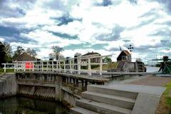 Historiska lås i edamer, Holland Arkivfoton