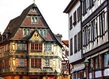 Historiska medeltida hus i den gamla staden Miltenberg, Tyskland Arkivbilder