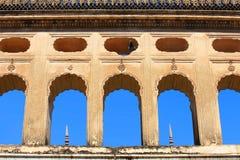 Historiska Paigah gravvalv i Hyderabad Indien royaltyfria bilder