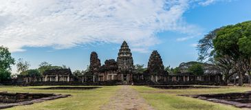 Historiska Phimai parkerar, nakornratchasimaen, Thailand royaltyfria bilder