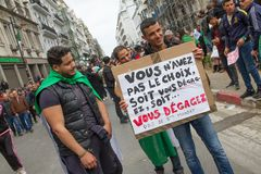 Historiska protester i Algeriet för changement royaltyfri fotografi